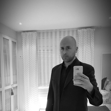 Xavi Anedians, 35, Barcelona, Spain