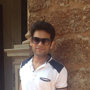 Sahil Ahuja, 29, Delhi, India