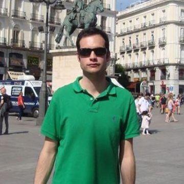 Fernando Rrc, 35, Santander, Spain