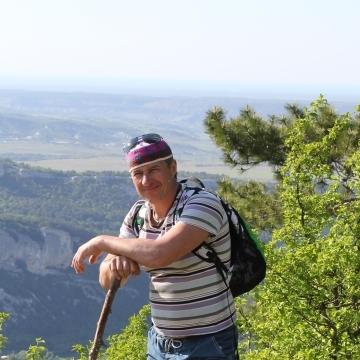 Олег, 44, Tver, Russia