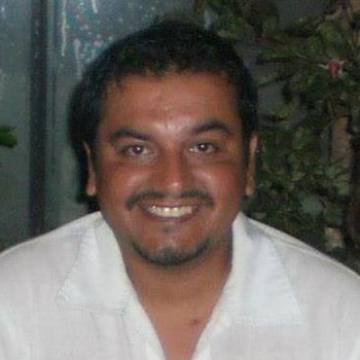 Xexo Ramírez, 40, Valparaiso, Chile