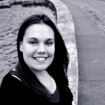 Jen , 30, Eugene, United States