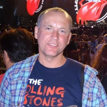 Morris, 38, Leeds, United Kingdom