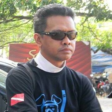 walker Rieuwpassa, 42, Makassar, Indonesia