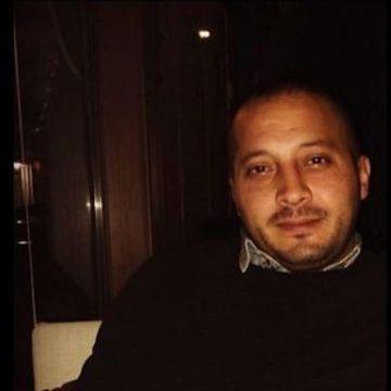 Uğur, 33, Izmir, Turkey