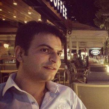 Hüseyin Demirel, 32, Istanbul, Turkey