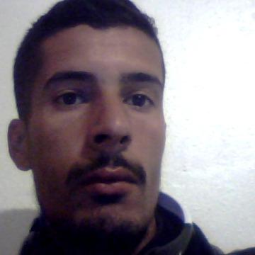 hammache, 28, Tizi Ouzou, Algeria