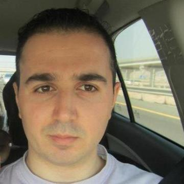 Hadi, 32, Sharjah, United Arab Emirates