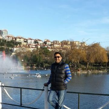 dating istanbul turkey Many turks, even in remote areas, have lived and worked abroad (mainly in germany) or at tourist resorts in turkey, and are used to foreign ways but.