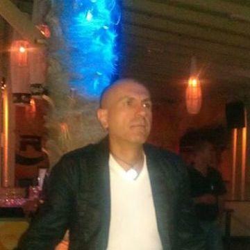 Sergio Khorsai, 48, Mailand, Italy