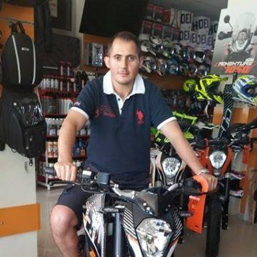 Ufuk Aydın, 33, Izmir, Turkey