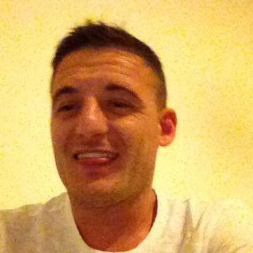 Gerald Gerald, 30, Siena, Italy