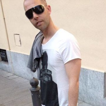 Roberto Nichetti, 38, Milano, Italy