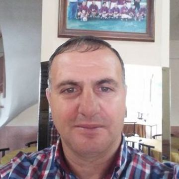 Yusuf Bozkurt, 45, Inegol, Turkey
