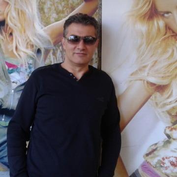 Cem Türk, 48, Istanbul, Turkey