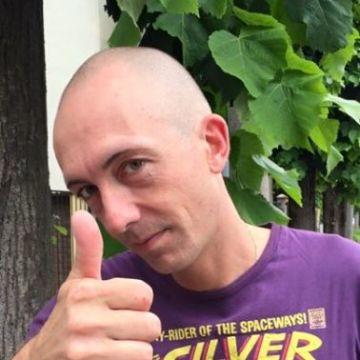 Maurizio , 42, Crema, Italy