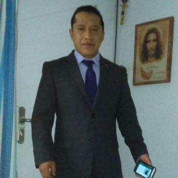 Erik Pérez, 38, Mexico, Mexico