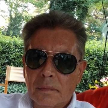 Maximo, 64, Barcelona, Spain
