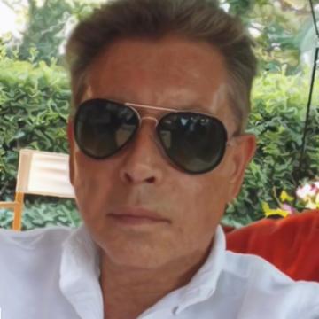 Maximo, 65, Barcelona, Spain