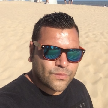miguel, 35, Ponferrada, Spain