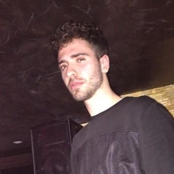 Filippo, 23, Parma, Italy