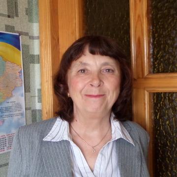 Zinaida, 60, Dneprodzerzhinsk, Ukraine