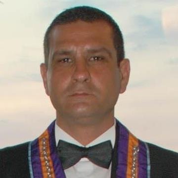 Serkan Tütüncü, 42, Izmir, Turkey
