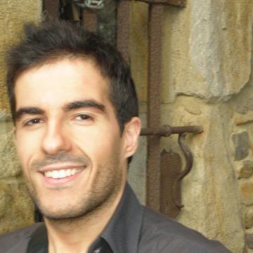 VICTOR, 35, Mondragon, Spain