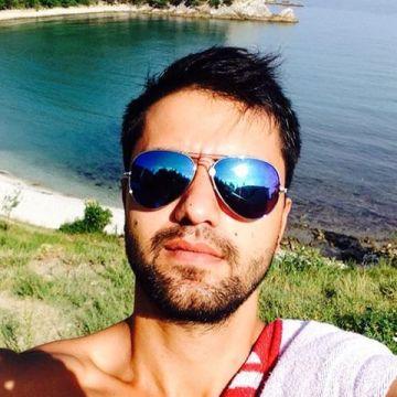 tekin, 33, Istanbul, Turkey