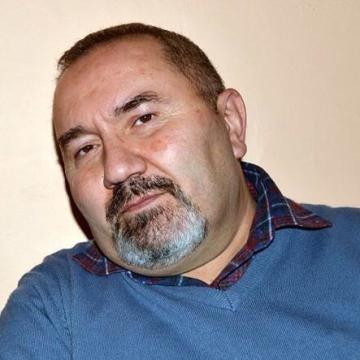 Avedis Çakmak, 52, Istanbul, Turkey