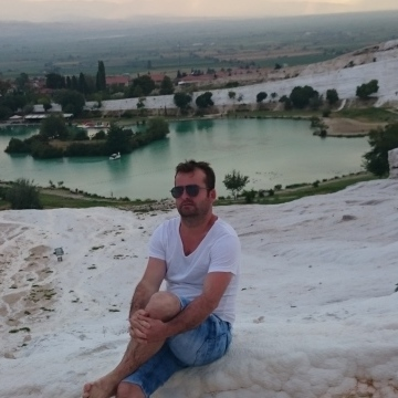 Kadir Meral, 34, Bursa, Turkey