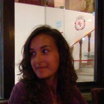 Lizzie, 35, London, United Kingdom
