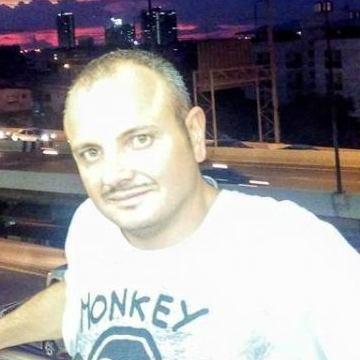 Fabio Romano, 34, Napoli, Italy