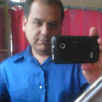 Alberto Diaz, 49, Iztacalco, Mexico