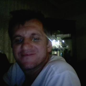 Zafer Şimşek, 42, Kocaeli, Turkey