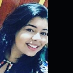 Jéssica Viana, 21, Goiania, Brazil