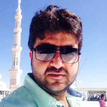 Meer Ruh, 35, Jeddah, Saudi Arabia