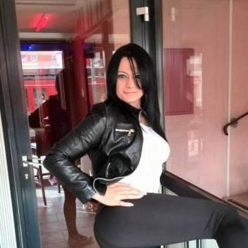 Amelia Amelia, 32, Dubai, United Arab Emirates