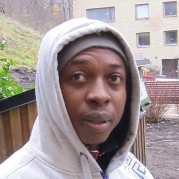 Iheanyi , 35, Lagos, Nigeria