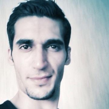 Ahmad, 26, Oslo, Norway