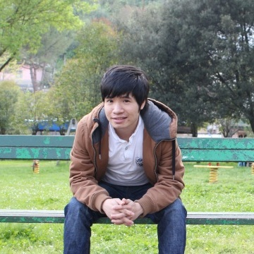 Trong, 28, Rome, Italy