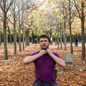 Artem Chernikov, 30, Paris, France
