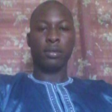 Asse Niang, 28, Dakar, Senegal