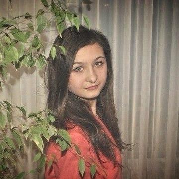 Юля, 23, Naberezhnye Chelny, Russia