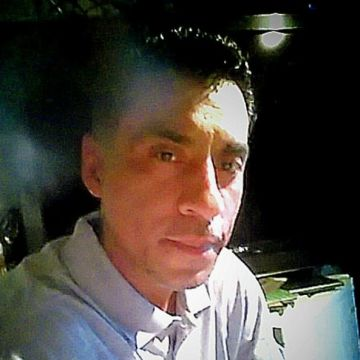 ricardo, 40, Oakland, United States