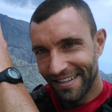 Cristhyan Perez Farres, 33, Palma, Spain