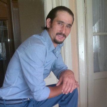 Görkem Özcetemen, 31, Izmir, Turkey