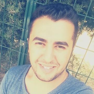 Nazım, 27, Istanbul, Turkey