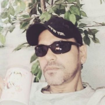 Emerson, 44, Benalmadena, Spain