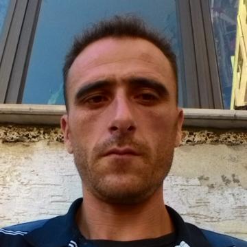 Kadir Aydin, 37, Burhaniye, Turkey